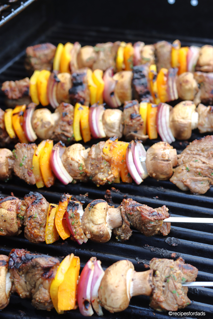beef and veggie kabobs on the grill